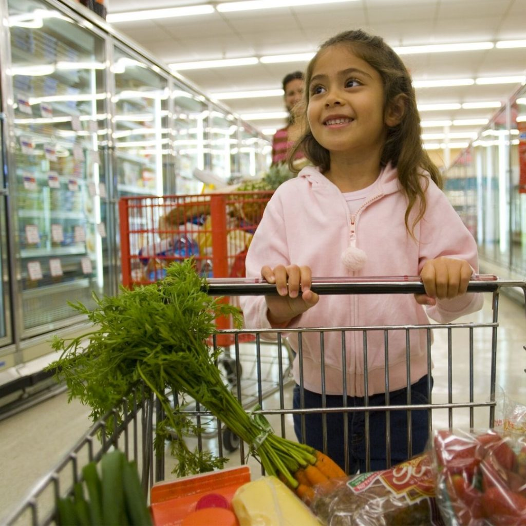 First steps to prevent food poisoning happens at the grocery store