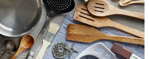 how to sanitize kitchen utensils