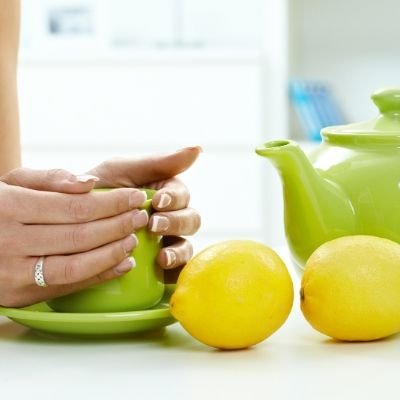 14 of the most surprising uses for lemons in the kitchen