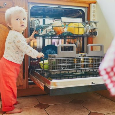 15 tips how to be safe when using a dishwasher